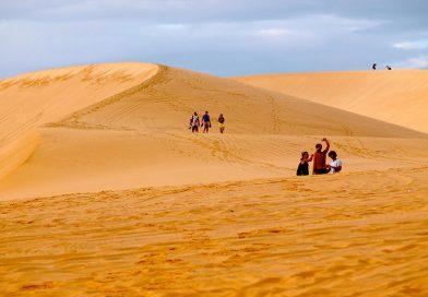 Tham gia tour Phan Thiết và trải nghiệm Đồi Cát Bay tuyệt đẹp